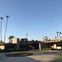 Снимок сделан в Twin Palms, Frank Sinatra House пользователем Tirtha D. 7/1/2017