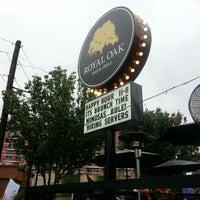 Foto tomada en Royal Oak Bar and Grill por ACMII♒ el 11/3/2012