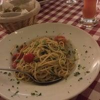 Photo taken at Pizzeria Messina by Yuho K. on 9/18/2015