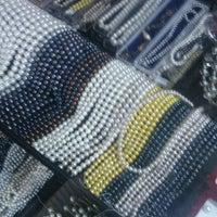 Photo taken at Pasar Kraftangan (Handicraft Market) by Ir W. on 1/19/2013