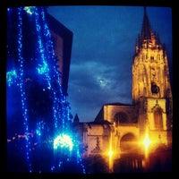 Снимок сделан в Catedral San Salvador de Oviedo пользователем Juan Carlos G. 12/26/2012