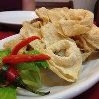 Foto tirada no(a) Ton Hoi Restaurante por Fabio T. em 6/29/2013
