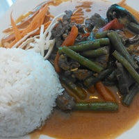 Photo taken at Mukda Thai Cuisine by tomohiro on 6/4/2013