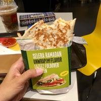 Photo taken at McDonald's by Nurdinee G. on 6/5/2017