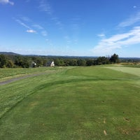 Photo taken at Stoneleigh Golf  & Country Club by Jim P. on 9/29/2017