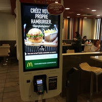 Photo taken at McDonald's by Renaud T. on 11/23/2015