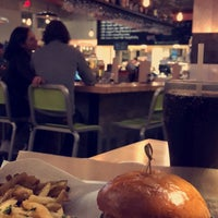 Photo taken at Hopdoddy Burger Bar by Abdulmajeed A. on 1/16/2018