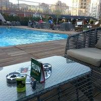 9/29/2013 tarihinde Umut Y.ziyaretçi tarafından Pool Pub'de çekilen fotoğraf