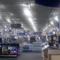 Photo taken at Best Buy by Mouse C. on 4/15/2013
