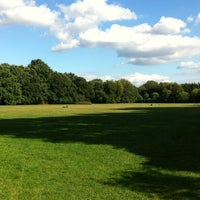 Photo prise au Treptower Park par Ashley S. le9/13/2012