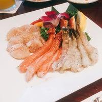 Photo taken at 叙々苑 横浜港北店 by Ayaka I. on 4/17/2016