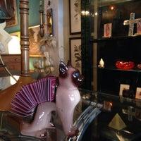Photo taken at Casa Victoria Vintage Furniture by M F. on 2/14/2016