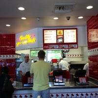 Photo taken at In-N-Out Burger by M on 5/29/2013
