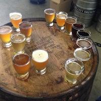 7/7/2013에 Jennifer W.님이 Smog City Brewing Company에서 찍은 사진