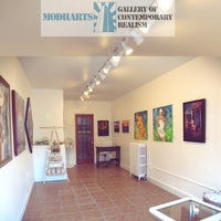 Photo taken at MODHArts Gallery of Contemporary Realism by MODHArts Gallery of Contemporary Realism on 10/8/2014