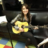Photo taken at The Getaway Coffeehouse Cafe by Wilson H. on 11/30/2012