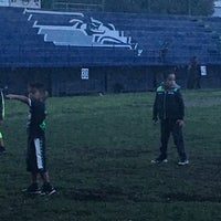 Photo taken at Club Seahawks Fútbol Americano by JAY on 10/5/2016