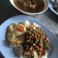 Photo taken at Jubkang Noodle by Zsamaya' Z. on 11/25/2016