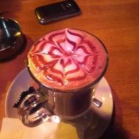 2/10/2013 tarihinde Melissa Ç.ziyaretçi tarafından San Marco's Caffé'de çekilen fotoğraf