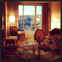 Photo taken at The Signature at MGM Grand by angela l. on 2/16/2013