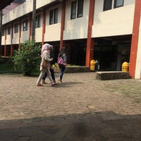 Photo taken at Fakultas Ilmu Sosial dan Ilmu Politik (FISIP) by Muhammad A. on 6/13/2017