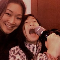 Photo taken at Yahoo Karaoke by Nancy K. on 11/27/2016
