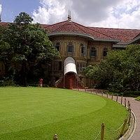 Photo taken at Vimanmek Mansion by yuphaphan w. on 10/25/2012