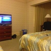 Снимок сделан в Opal Hotel пользователем Fernando G. 3/22/2013