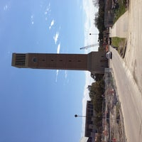 Foto scattata a Albritton Bell Tower da Daniel E. il 2/24/2013