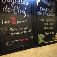 Photo prise au Nostro Caffé par Marcelo Garuli le10/22/2017