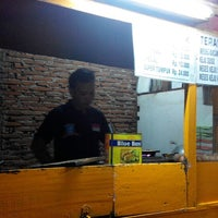 Photo taken at Sentra kuliner Pasar Senggol by alitopan b. on 8/10/2014