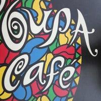 Das Foto wurde bei Coupa Café von Lisa Z. am 2/16/2013 aufgenommen