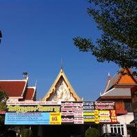 Photo taken at วัดศีรษะทอง (วัดพระราหู) Wat Sisa Thong by Kai N. on 1/27/2013