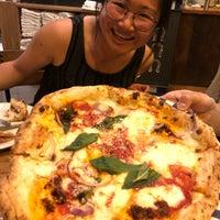 Foto tirada no(a) Sorbillo Pizzeria por Jian em 4/13/2018