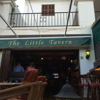 Photo taken at The Little Tavern by eSeDeSirena on 8/15/2014