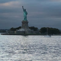 Photo taken at Statue of Liberty Deli by Mustafa U. on 10/14/2017