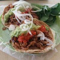 Photo taken at Tacos La Güera by Elizabeth A. on 8/7/2015