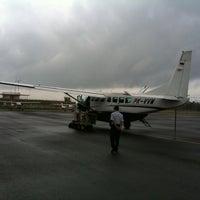 Foto diambil di Bandar Udara Tunggul Wulung (CXP) oleh Sonny N. pada 10/9/2012