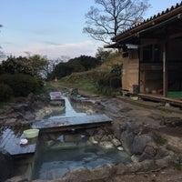 Photo taken at 鶴の湯 by Richard C. on 4/12/2016