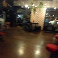 8/31/2018에 Jumbokarides님이 Apartment Bar에서 찍은 사진
