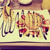 4/17/2015 tarihinde Senol A.ziyaretçi tarafından Linaria Café & Patisserie'de çekilen fotoğraf