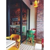 9/16/2013 tarihinde Irem P.ziyaretçi tarafından Mambocino Coffee'de çekilen fotoğraf