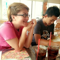 Photo taken at The Pizza Company Lamphun by Rawee J. on 4/20/2014