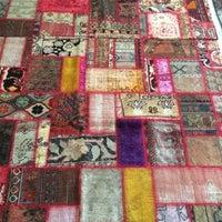 Photo taken at Κατσιάνης Handmade Carpets by Tasos K. on 7/12/2018