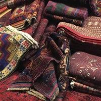 Photo taken at Κατσιάνης Handmade Carpets by Tasos K. on 10/4/2016