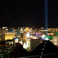 Photo taken at VEGAS ALL NITE by VEGAS ALL N. on 6/12/2015