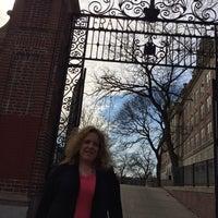 Das Foto wurde bei Franklin K. Lane High School von Tina N. am 3/8/2014 aufgenommen