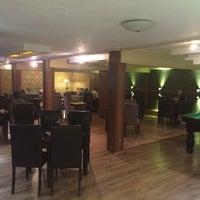 Photo taken at Farid Coffee Club | کلوپ قهوه فرید by farid a. on 10/19/2014