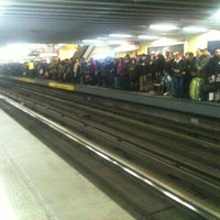 Foto tomada en Metro República por Isa P. el 9/2/2013