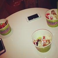 Photo taken at Mama Frozen Yogurt by YGQ 7. on 11/6/2013